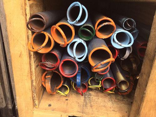 Garage door repair sacramento ca 916 509 3534 broken for Garage door repair sacramento